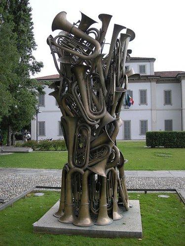 Super Arman sculpteur - Biographie Arman peintre, oeuvres Arman expositions UH65